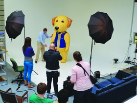 PHOTOSHOOT OF INFLATABLE MASCOTS