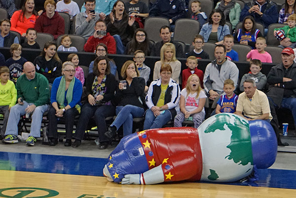 Harlem Globetrotters Inflatable Mascot